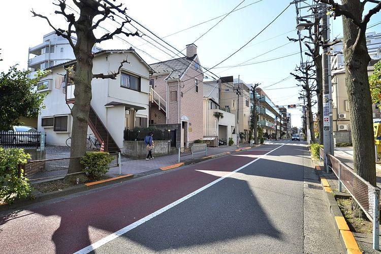 祐天寺駅の賃貸:【開放感ある天井は、可愛い三角屋根。】