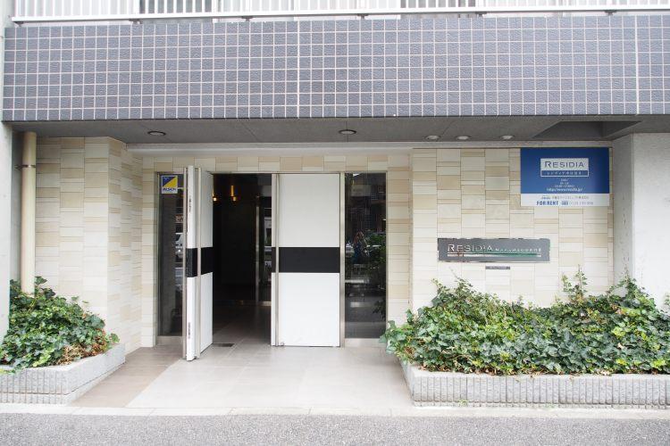 中目黒駅の賃貸:【壁一面のクローゼット。】